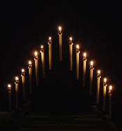 http://www.stdominics.org/resources/images/2939/tenebrae-candlestick.jpg